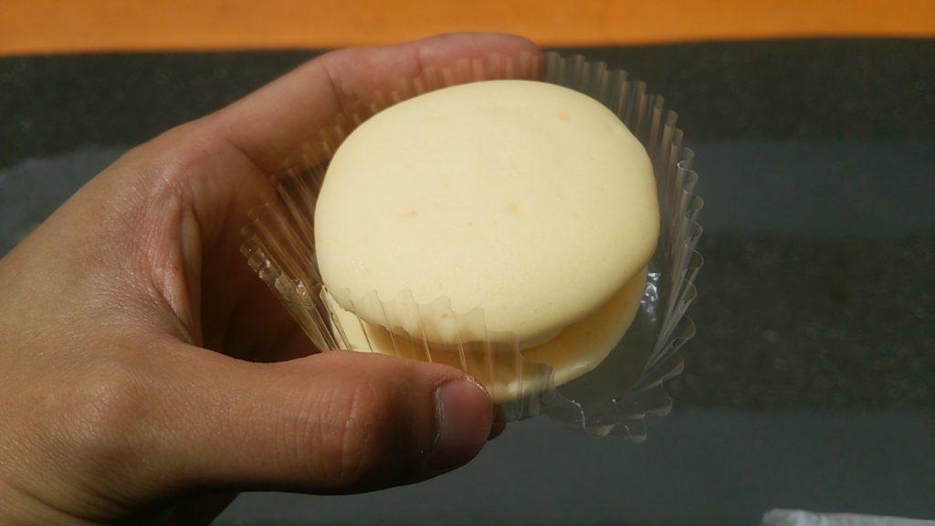 こくていちど食べるとくせになる小さな幸せ チーズクリーム味